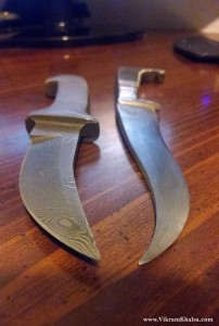 DK-4 and Taksali Kirpan Side by Side